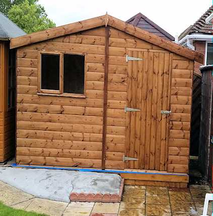 robust small workshop shed